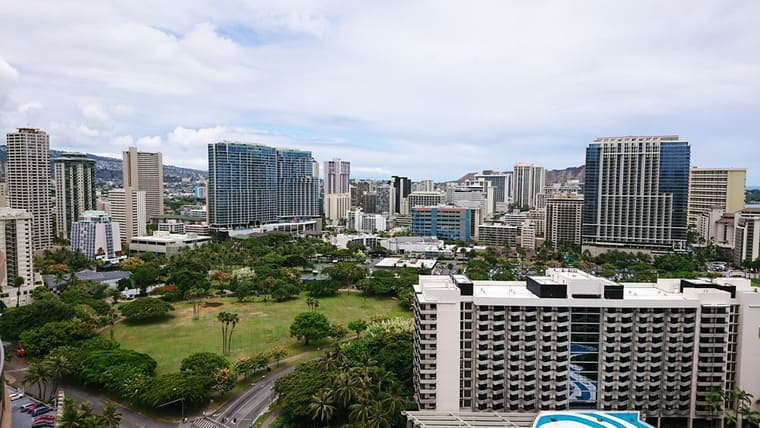 ハワイのホテルから見える風景